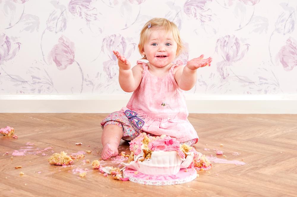 Cake Smash Photographer - Cheshire Cherubs Photography